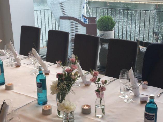 Küppersmühle Duisburg Tische eingedeckt