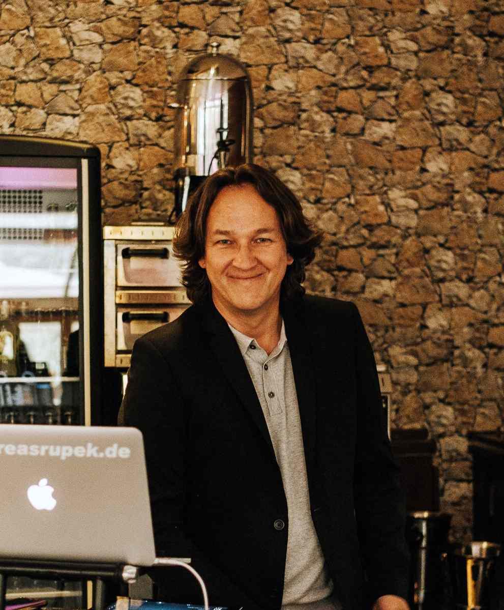 DJ Andreas Rupek